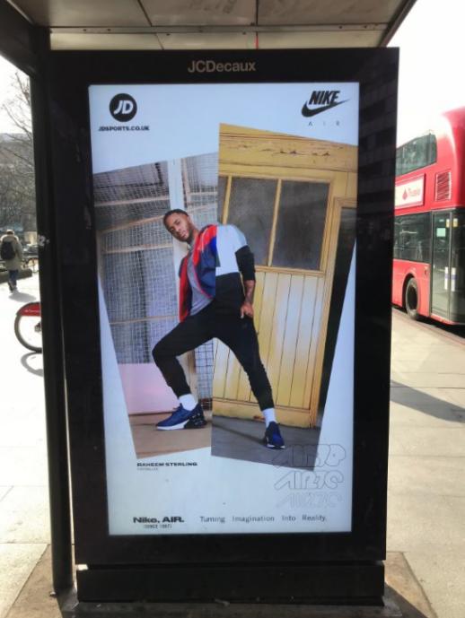 Sterling_Nike_bus